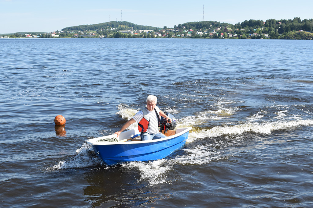 купить лодку катер яхту в москве