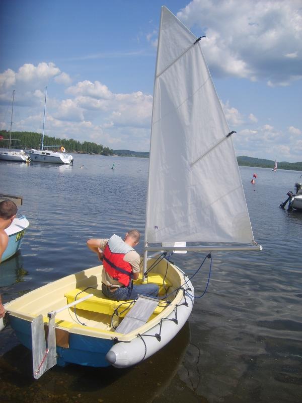 катера и лодки парусные